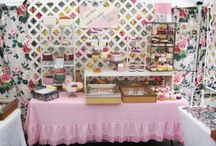 Craft Booth Displays / by Debby Reedy