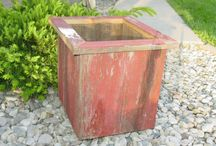 Rustic planters / Planter ideas for our barn