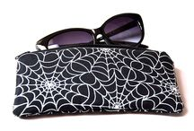 ZIPPER POUCHES / Buy Zipper Pouches @ www.pornoromantic.etsy.com