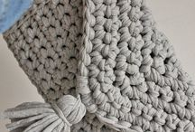 Knit addiction - Bags / Knitted bags I love!