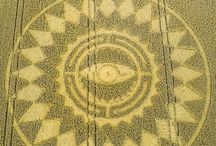 Crop Circles / Círculos de las cosechas