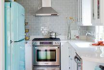 Kitchen Designs / by Kaitlin Cron Johannsen