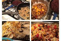 chicken recipes / by Liza Robbins-Theuman