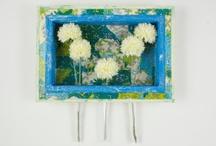 """COLOREL - Rahmen """"Frühling"""" / Die Blumenvasen für die Wand! Kann als Rahmen ohne Blumen oder komplett genutzt werden (Reagenzgläser sind herausnehmbar)!"""