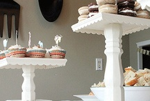Cake Stands / I can never have enough cake stands! Everything looks so much cuter! / by Lydia Sestito