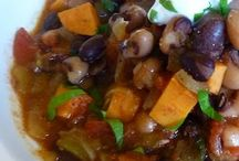 New Years Black-Eyed Pea Recipes / It's a southern tradition to eat black-eyed peas on New Years day for good luck