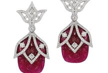 carving earrings
