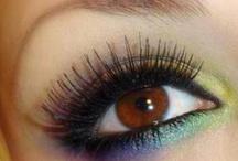 makeup like WOW / by Corina Ambrose