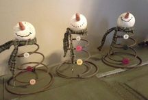 Mr and Mrs Snow / snowman crafts / by Linda Matson