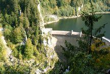 Barrage du Chatelot / Barrage sur le cours du Doubs à la frontière entre la France et la Suisse