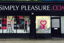 Simply Pleasure West Bromwich / 282-284 High Street, West Bromwich, B70 8AQ 0121 553 6193 Westbromwich@simplypleasure.com