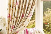 Enchanted home-my retreat / Inspirations full of  green and pink with flowery ornaments. So delicate, cosy and romantic.