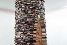 Book Sculptures / Some amazing art made from the written word