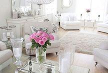 Witte woonkamers