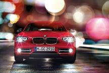 BMW 1 Serisi / BMW 1 Serisi, BMW otomobillerinin karakteristik tasarımını genç ve spontan bir şekilde yorumluyor. Dinamikler en modern biçimini buluyor; otantik, canlı ve enerji dolu. Hissedebileceğiniz bir enerji. İlk bakışta bile. http://www.BMW.com.tr