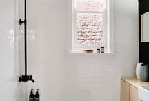 Bathroom / Bathroom interior