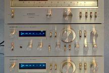 Staré přístroje / Staré HI-FI přístroje, o které nás komunisti připravili.