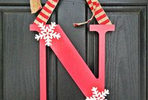 halloween  fall / winter crafting ideas / ideas for Christmas gifts , decorations and things to do  so we don't go nuts !!