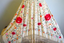 1920's CHINESE PIANO SHAWL - Hand embroidered and hand knotted silk shawl