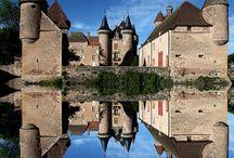 Hrady, zámky, paláce Francúzsko