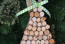Christmas Link Up Party Board / Beautiful things inspired by the holidays. This holiday link up features Christmas Trees, Home Tours, Gifts, Holiday Recipes and Menus. Share your holiday posts and enjoy! If you would like to be added to this holiday board email designermom4@gmail.com.