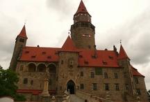 Castle Bouzov / Hrad Bouzov / Near by us / Blízko od nás - Hrad Bouzov leží nedaleko od nás (24 km). Je tak jedním s ideálních cílů na cyklistickou vyjížďku nebo na výlet s rodinou. Hrad patří mezi nejznámější památky v ČR a vyhledávaná místa filmařů.