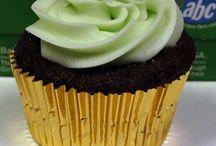 mmmm, desserts! <3 / by Jenny Rankin