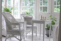 White interior home decor