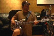 rob trujillo bass