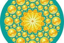 Мандала / Мандала – это символическое изображение вселенной. Её составные части соответствуют тем или иным аспектам буддийского учения. Есть множество видов мандал, и создают их разными способами: рисуют, сооружают трёхмерные модели или делают из цветного песка. Мандала может использоваться в разных практиках, и это сложный инструмент для развития положительных качеств, необходимых, чтобы приносить пользу другим.