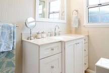 Bathroom Design 111 / A clean, traditional style white bathroom design.