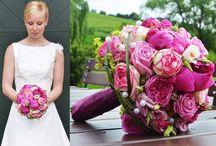 Bruidsboeketten en aankleding trouwlocatie
