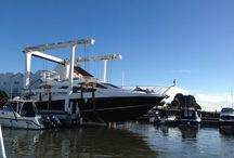 We Lift Boats / Powerwashing | Antifouling | Winter Storage | Fully Equipped Boatyard with Experienced Specialists