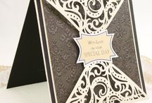Brown card with fancy edge
