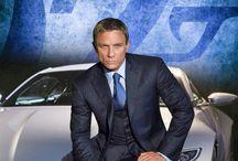 James Bond / Bond...James Bond