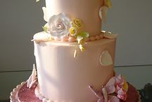 Butterfly Cake / by Fancy Fondant Cakes by Emily Lindley