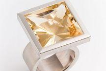 Ringe / Ringe im modernen Schmuckdesign
