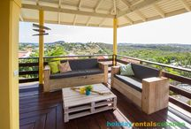 Holiday Homes with an amazing view / Enjoy nice sunsets from your terrace and see how boats pass by...
