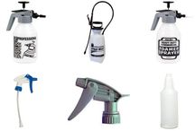 SPRAY BOTTLES AND SPRAYERS / Mobile janitorial Supply varieties of spray bottles and sprayers for your day to day use.