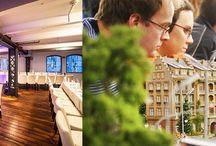 Top 20 Locations für PR und Marketingevents in Hamburg / Hamburg bietet zahlreiche Locations, die PR- und Marketing-Events zu unvergesslichen Momenten machen. Bei der Vielzahl verliert man jedoch schnell den Überblick. Damit Sie sich im Dickicht nicht verlaufen, beraten wir Sie gern kostenlos.