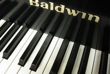 Used Pianos / Piano of all ages shapes and sizes!