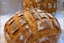 Kenyerek - breads / Itthoni sütésre.