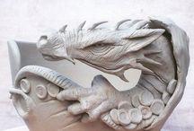 keramické misky s figurkou