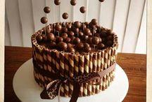 Oscars birthday Cake