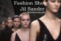 Jil Sander / Jil Sander collezione e catalogo primavera estate e autunno inverno abiti abbigliamento accessori scarpe borse sfilata donna.