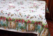 Masa - Casa Alessia / O masa bine pregatita iti da liniste interioara.Va asteptam cu produse de calitate: fete de masa si servetele,farfurii, pahare si seturi de pahare, tacamuri,  cesti cafea, ceai, lapte, capuccino, cupe de inghetata si boluri, suporturi pentru fructe si prajituri, tocatoare si cutite, tavi, platouri. Descopera si tu noile produse http://www.casa-alessia.ro/masa !