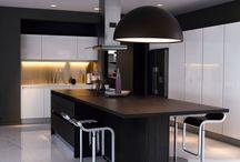 Kitchens / by Alicia Esterhuizen