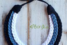 textil necklaces