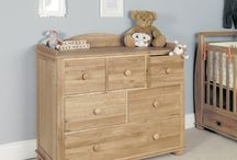 Bed Room Furniture / Browse through our range of bedroom furniture from bedside cabinets / tables to full bedroom sets. Finished in oak, pine, mahogany, walnut, etc in new England style painted to rustic reclaimed finishes