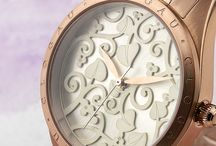 Timepieces / The Timepieces collection reflects the tradition and quality of the skilled watchmakers of our past and that is true to our Welsh heritage and distinctive style. Our designs are inspired by our iconic Tree of Life® filigree, giving our classical and iconic pieces a contemporary look and feel.
